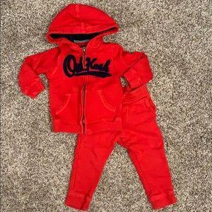 Oshkosh toddler boys red sweatsuit